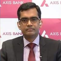 My TV : Axis Bank eyes 18-19% loan growth, says slippages to continue