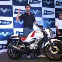 My TV : Bajaj Auto Q2 profit falls 0.6% to Rs 1,194 cr, EBITDA margin beats estimates